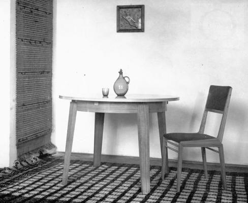 stół i krzesło z zestawu wielofunkcyjnego model wykonany w IWP 1953 Szlekys Olgierd Jan