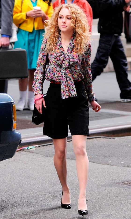 AnnaSophia Robb On The Set Of The Carrie Diaries Playing A Young Carrie Bradshaw, 2012