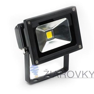 LED reflektor - 10W je exteriérové svietidlo na osvetlenie vonkajších alebo vnútorných priestorov. Reflektor je vybavený najúspornejším svetelným zdrojom LED, ktorý ma doteraz neprekonanú životnosť až do 30 000 hodín. Reflektory značky V-TAC sú oproti iným klasickým LED reflektorom na vysokej úrovni. Poskytujú kvalitnejší driver a čip. Vylepšená odrazová plocha slúži na optimálny rozptyl svetla. Vysoký index podania farieb.