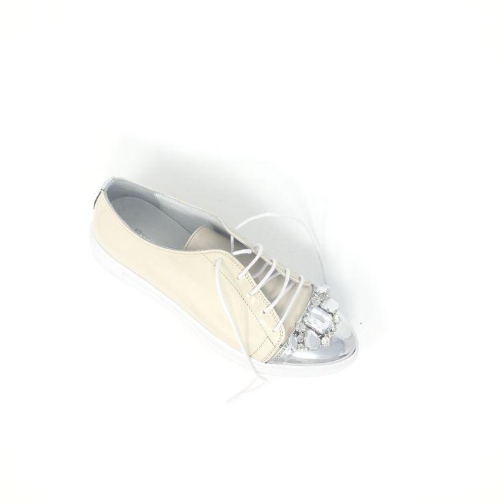 Some new takes of Krista Sneaker