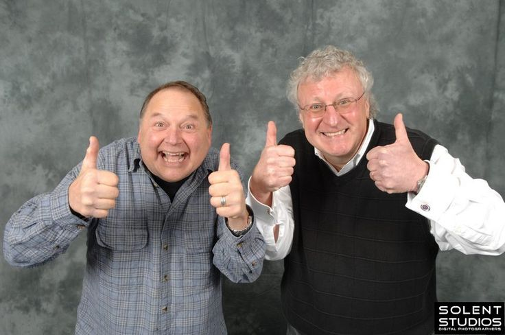 Stephen Furst and Peter Jurasik being overly cheerful. - Imgur