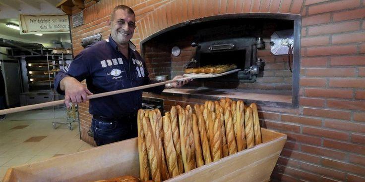 Le boulanger périgourdin participe à l'émission de téléréalité de M6 Le boulanger périgourdin qui tient le Fournil Limogeanne à Périgueux et Le Fournil de Trélissac, Alain Pichard,a...