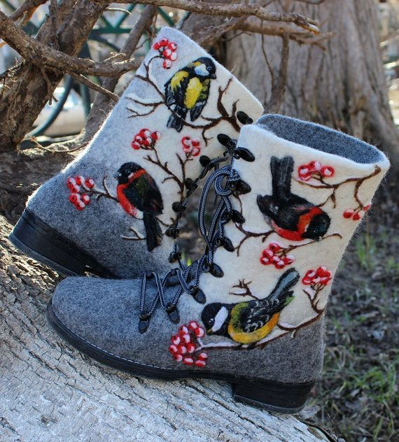 Hey, I found this really awesome Etsy listing at https://www.etsy.com/il-en/listing/226512548/woman-winter-felt-boots-100-wool-valenki