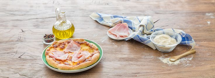La pizza con farina di farro è una ricetta sfiziosa che conquisterà per la sua fragranza e il suo aspetto gustoso ed invitante: assolutamente da provare!