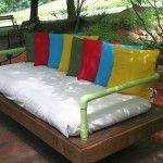 Outdoor Sofa gebaut mit Paletten und PVC-Rohre 1