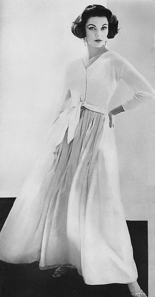 Vogue 1956 photo by Roger Prigent fashion