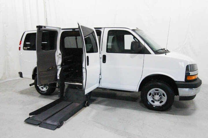 New Handicap Wheelchair Vans For Sale In 2020 Mini Van