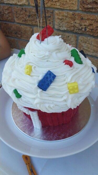 Mega Lego cupcake