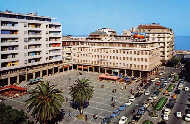 Piazza Salotto, Pescara, Italy