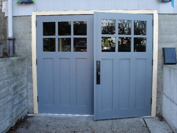 Best 25 garage door hardware ideas on pinterest garage for Build carriage garage doors