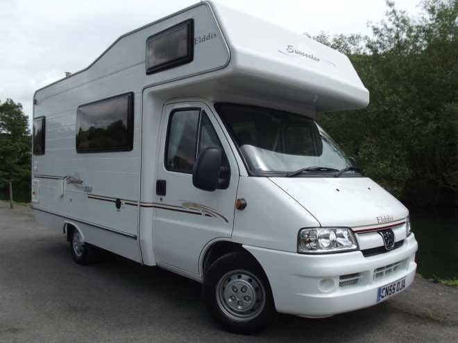 Peugeot BOXER 330 LX MWB HDI, 5 berth, (2005) Second Hand  Motorhome for sale in Nottinghamshire