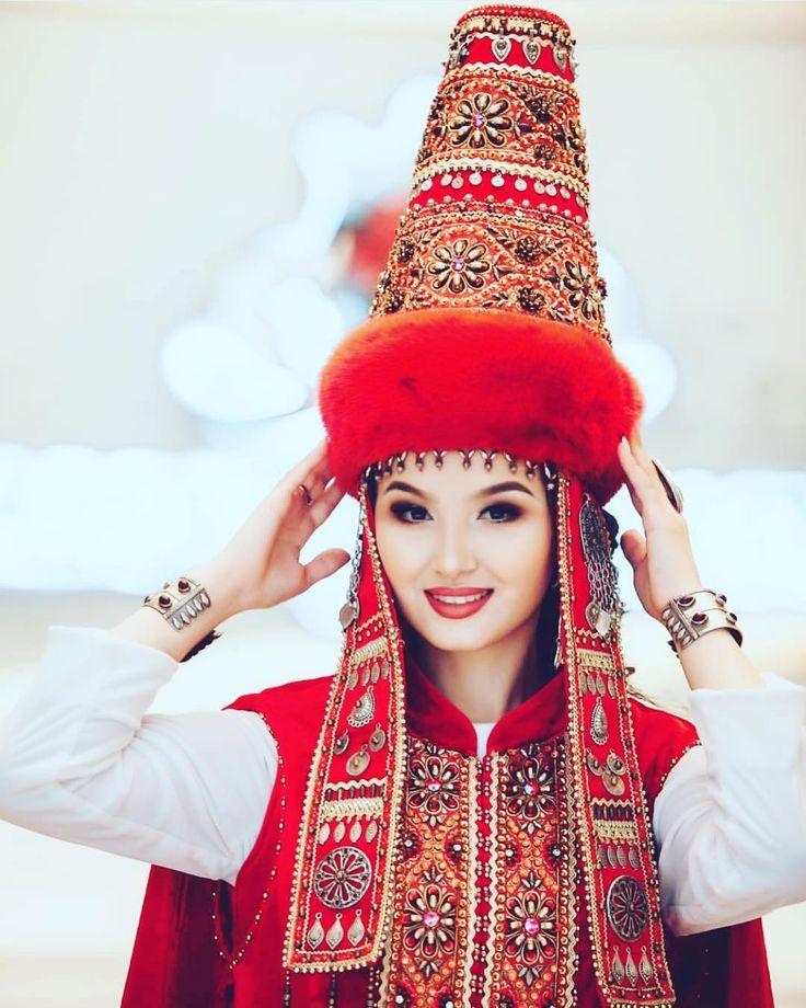 фото казашек в национальной одежде кукла-шарж, сделанная фото
