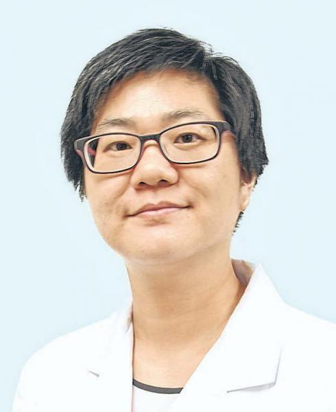 中医张伟娜: 白发位置不同 健康问题也不一样-张伟娜医师说,头发健康与否跟五脏关系密切。(受访者提供)