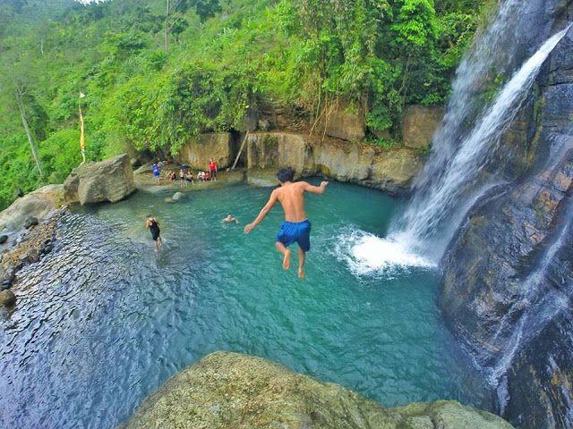Coban Tundo lokasi keren wisata air di Malang