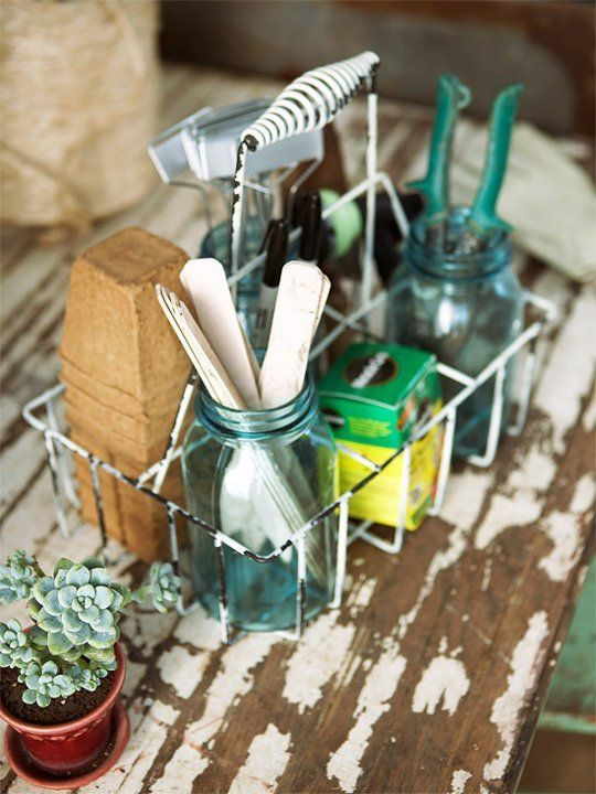 15 Ideas for Organizing Gardening Supplies