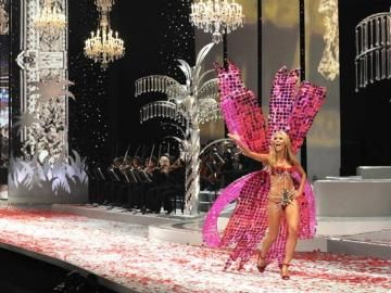 Roy Raymond and the tragic story behind the genius of Victoria's Secret
