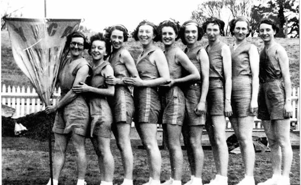 History of women's rowing in Melbourne