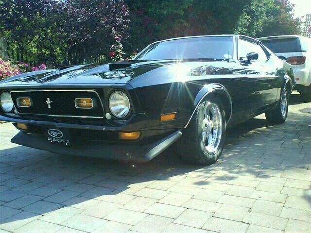 classic collectors vehicle. 1972 mach 1 mustang 1000 kms since engine overhaul, new upholstery, carpets, tyres, exhaust system, nice clean vehicle. 351 Cleveland v8 motor