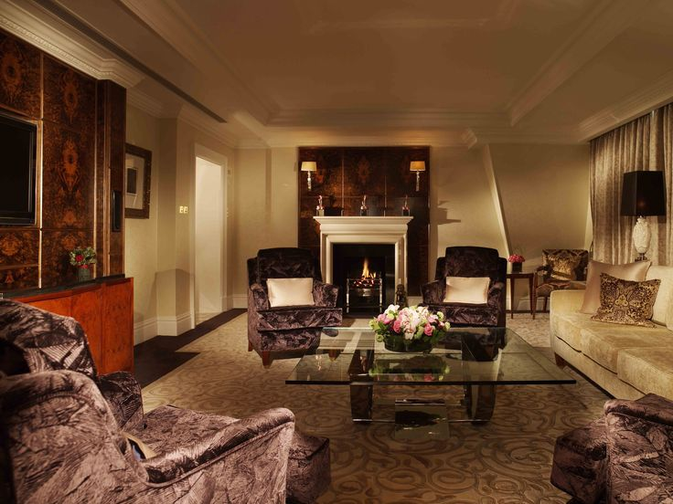 Experience One Of The 51 Luxurious Suites At Landmark London Hotel And Enjoy Ultimate In Style Sophistication With Victorian Features