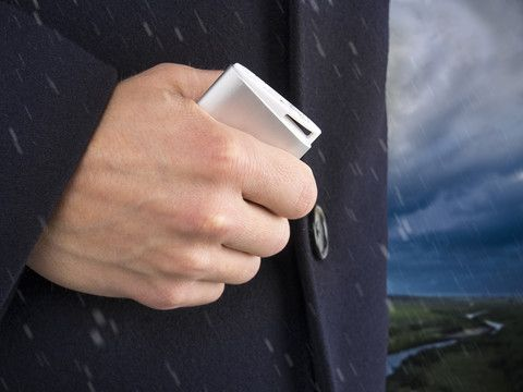 3-i-1 USB Håndvarmer,Håndvarmer, nødlader og lommelykt i ett!