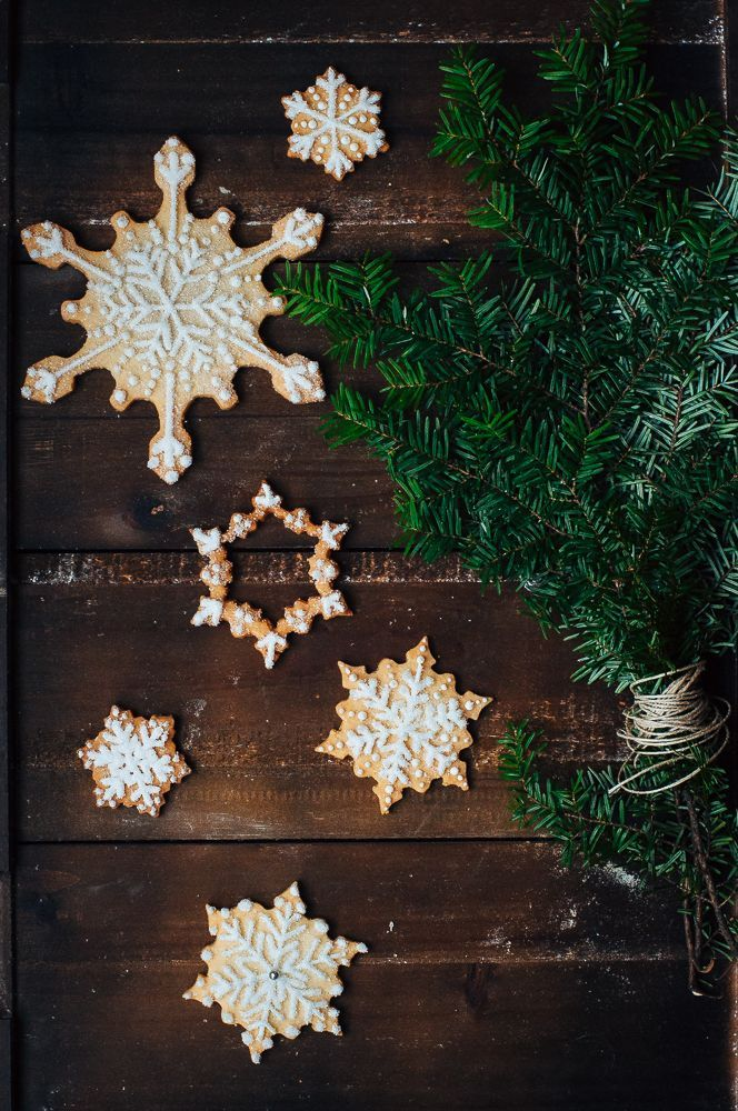 Can't wait to make these snowflake sugar cookies this Christmas!