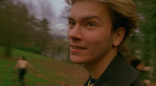 River Phoenix in MOPI at Bob's funeral
