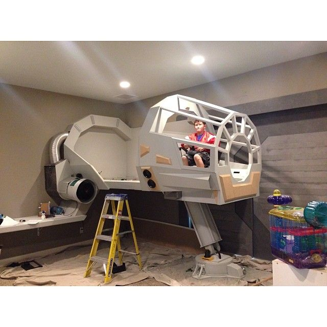 OP: Star Wars Themed Room! We should make two of these this summer!!! Dad said last year that he has a whole garage full of tools and we can build stuff instead of sitting around and being bored!!!!!!!!!!!