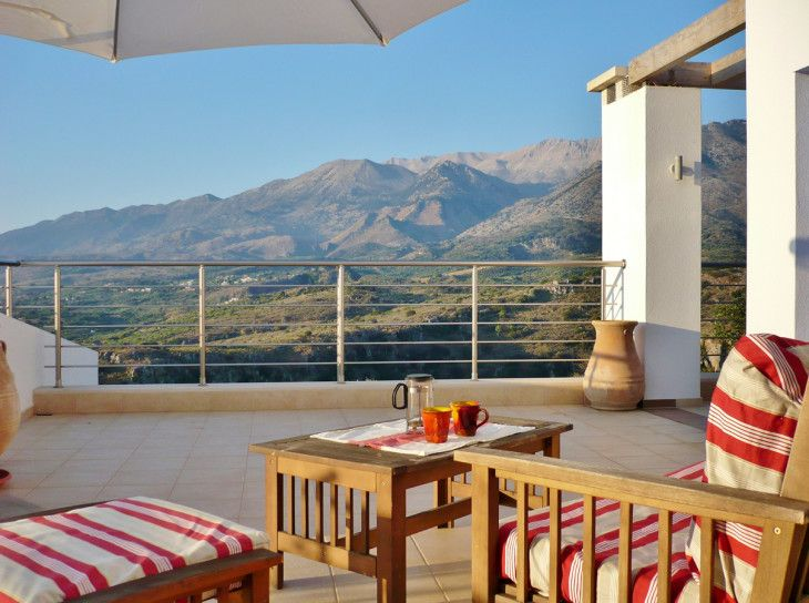Roof Terrace Mountain View1 - pictures, photos, images