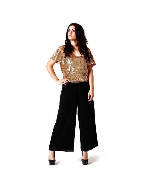 RASPBERRY + POP MINI GLAM TOP - GOLD    ·     Designed in Perth, Western Australia  ·     Sequin hand beaded  ·     Fully lined  ·     Relaxed fit, feminine, versatile neckline   ·     Elegant show stopper design - able to wear as off the shoulder  ·     Model wears size 8