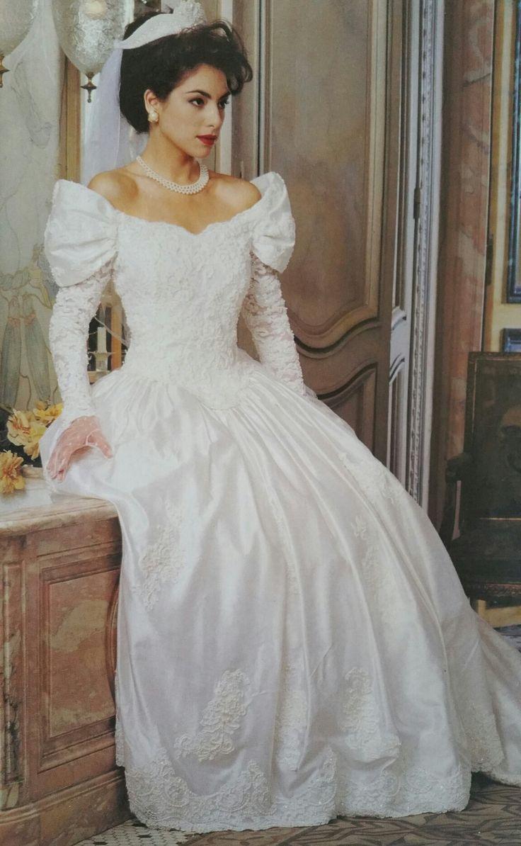 619 best Brautkleider images on Pinterest | Short wedding gowns ...