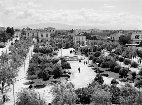 Λάρισα. Πλατεία Ταχυδρομείου (1950)