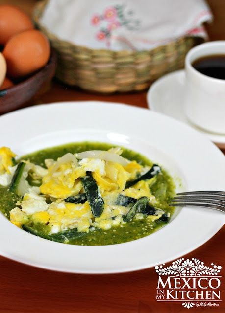 Scrambled eggs with poblano chile in salsa verde.