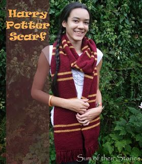 Free Gryffindor scarf knitting pattern. Harry Potter Scarf Pattern. Knitted in the round so that there is knit on both sides.