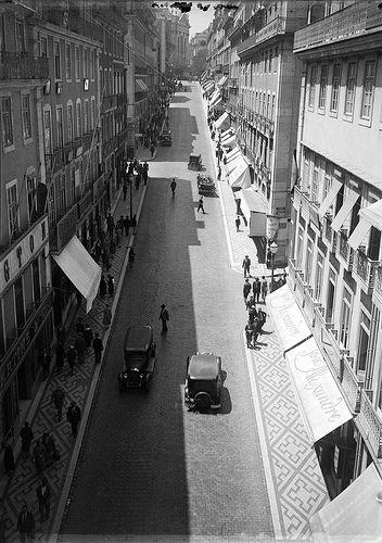 Rua Garrett, Lisboa, Portugal | Fotógrafo: Estúdio Horácio N… | Flickr