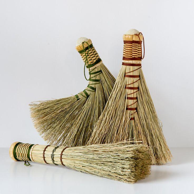 Turkey Wing Whisk - www.greenmeadowsflorist.com #Broom #handmade #Craftsman #Maker