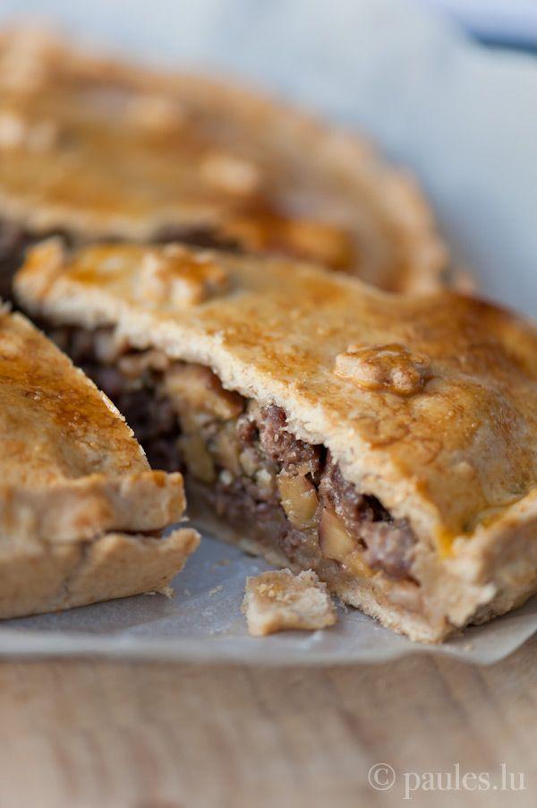 foodblog: paules ki(t)chen » Blog Archiv » • Fleischpastete mit Maronen, Speck und Champignons