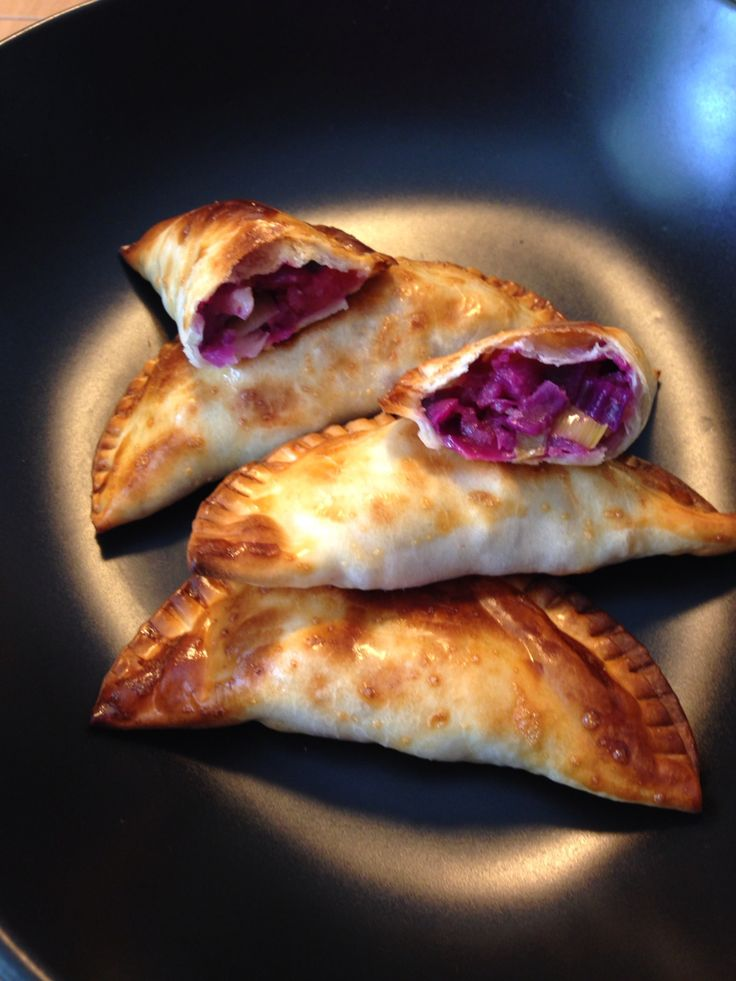 231 best empanadillas images on pinterest puff pastries for Cocinar col lombarda