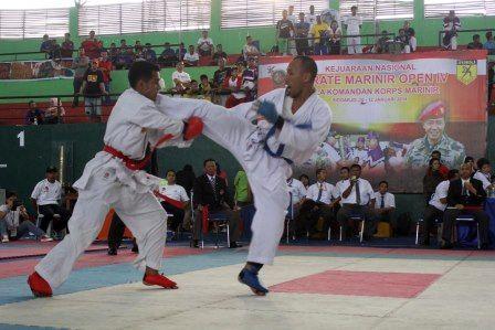 """Kegiatan Kejurnas Karate """"Marinir Open IV Tahun 2014"""" telah selesai, pada kesempatan ini Komandan Korps Marinir Mayjen TNI (Mar) A..."""