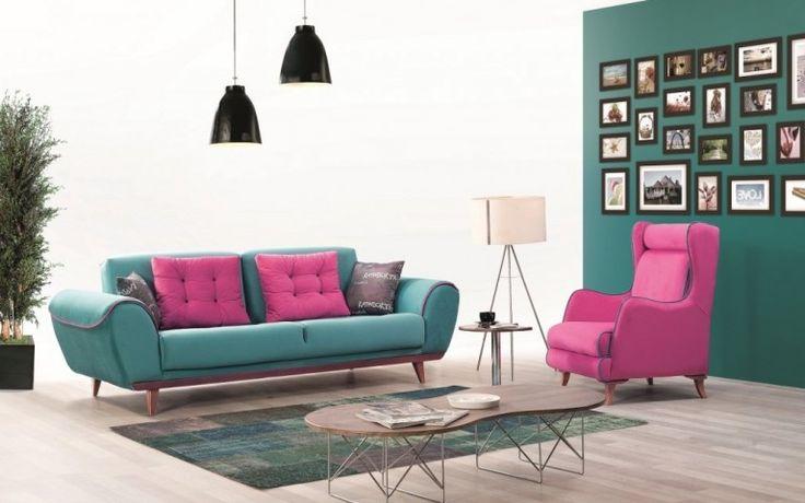 Salon dekorasyonunda ya da oturma odası dekorasyonunda en önemli parça elbette koltuk takımıdır. Seçtiğiniz takımın güzel olması kadar sizi yansıtması da gerekir. Evinizde her zaman kullanacağınız ve her zaman göreceğiniz ilk eşya olacağı için öncelikle zevklerinize göre seçim yapmanız gerekir. İnegöl mobilya koltuk takımları arasında isterseniz salon isterseniz de oturma odaları için farklı modellerde hazırlanmış tasarımları bulabilirsiniz.