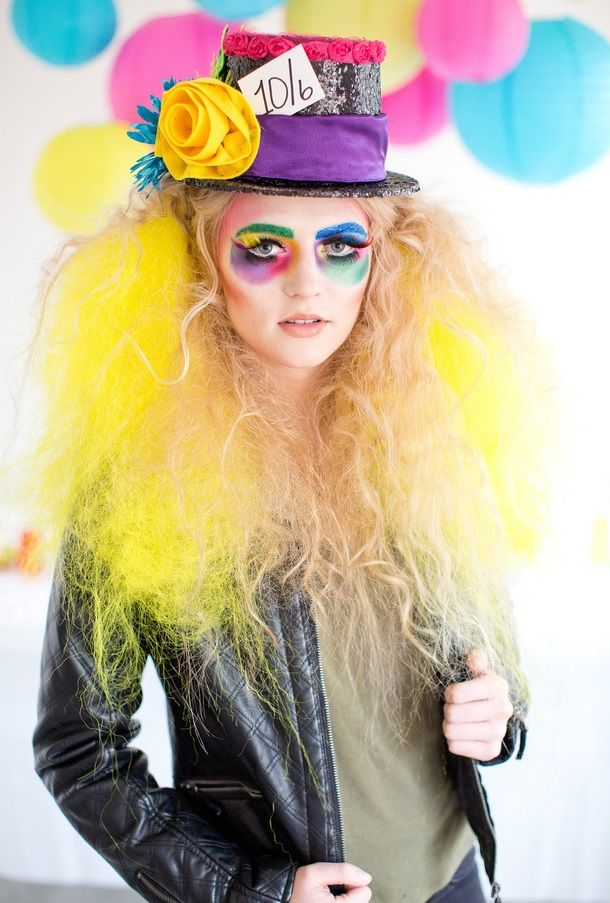 Mad Hatter Makeup Ideas for Halloween >> http://cutemakeupideass.com/makeup-ideas/mad-hatter-makeup-ideas/