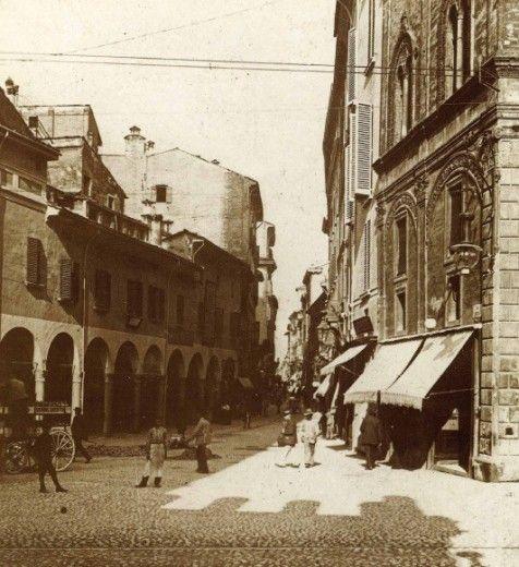 Via Rizzoli dalle Due Torri  Archivio Fondazione Cassa di Risparmio in Bologna  bologna.repubblica.it