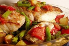 Roasted Pollock with Green Beans and Tomatoes http://www.beyondsalmon.com/2005/12/roasted-pollock-with-green-beans-and.html
