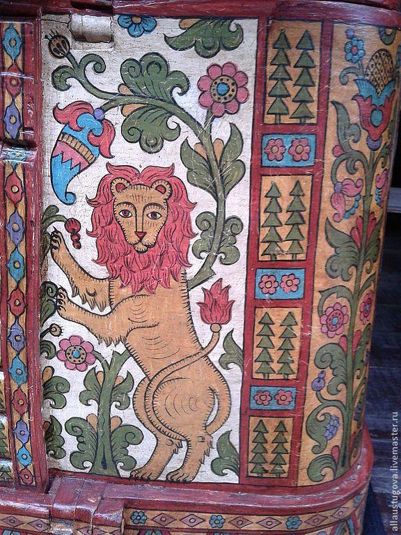 Купить или заказать Короб лубяной старинный в интернет магазине на Ярмарке Мастеров. С доставкой по России и СНГ. Срок изготовления: 1 месяц. Материалы: дерево, акрил, лак, патина, темпера. Размер: 30х50х35