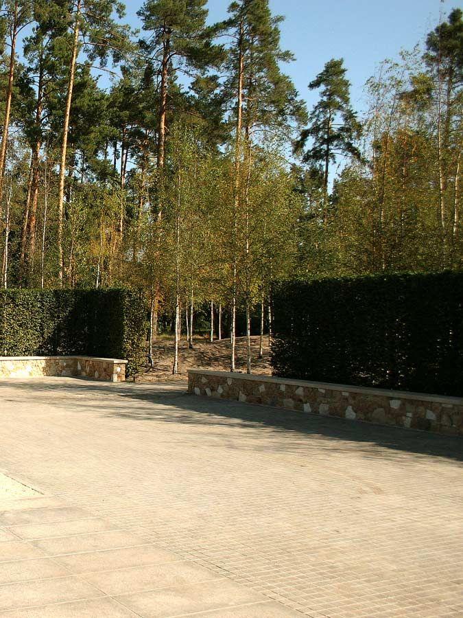 Облицовка-кварцитом-подпорных-стен