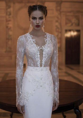 Una sposa in inverno: Foto - Di•Lei - Donne-Pizzo, pizzo e ancora pizzo a impreziosire il corpetto di questo elegantissimo abito (Berta Bridal)