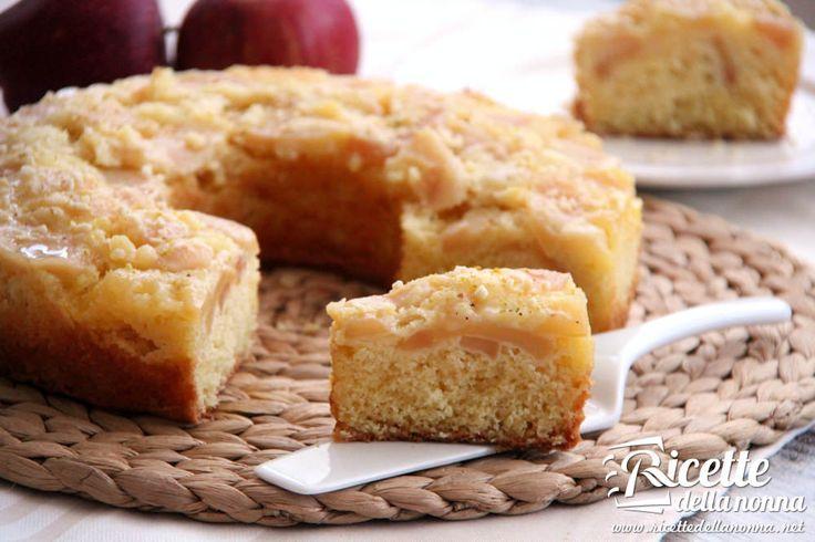 La ciambella alle mele renetta è una ricetta semplicissima con pochi ingredienti e una lunga cottura nel forno non troppo caldo per permettere alle mele m