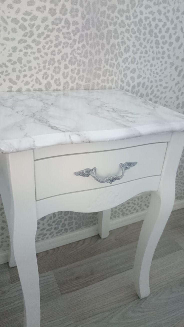 .: DIY - Marmorikuosiset yöpöydät