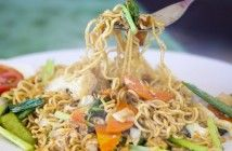 Hot & Spicy Thai Fried Noodles