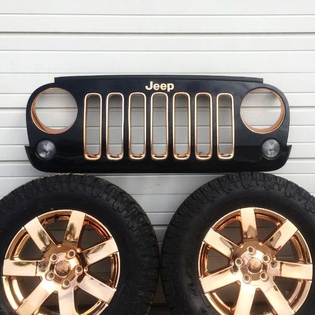 What A Phenomenal Combo Of Black And Rose Gold On This Jeep