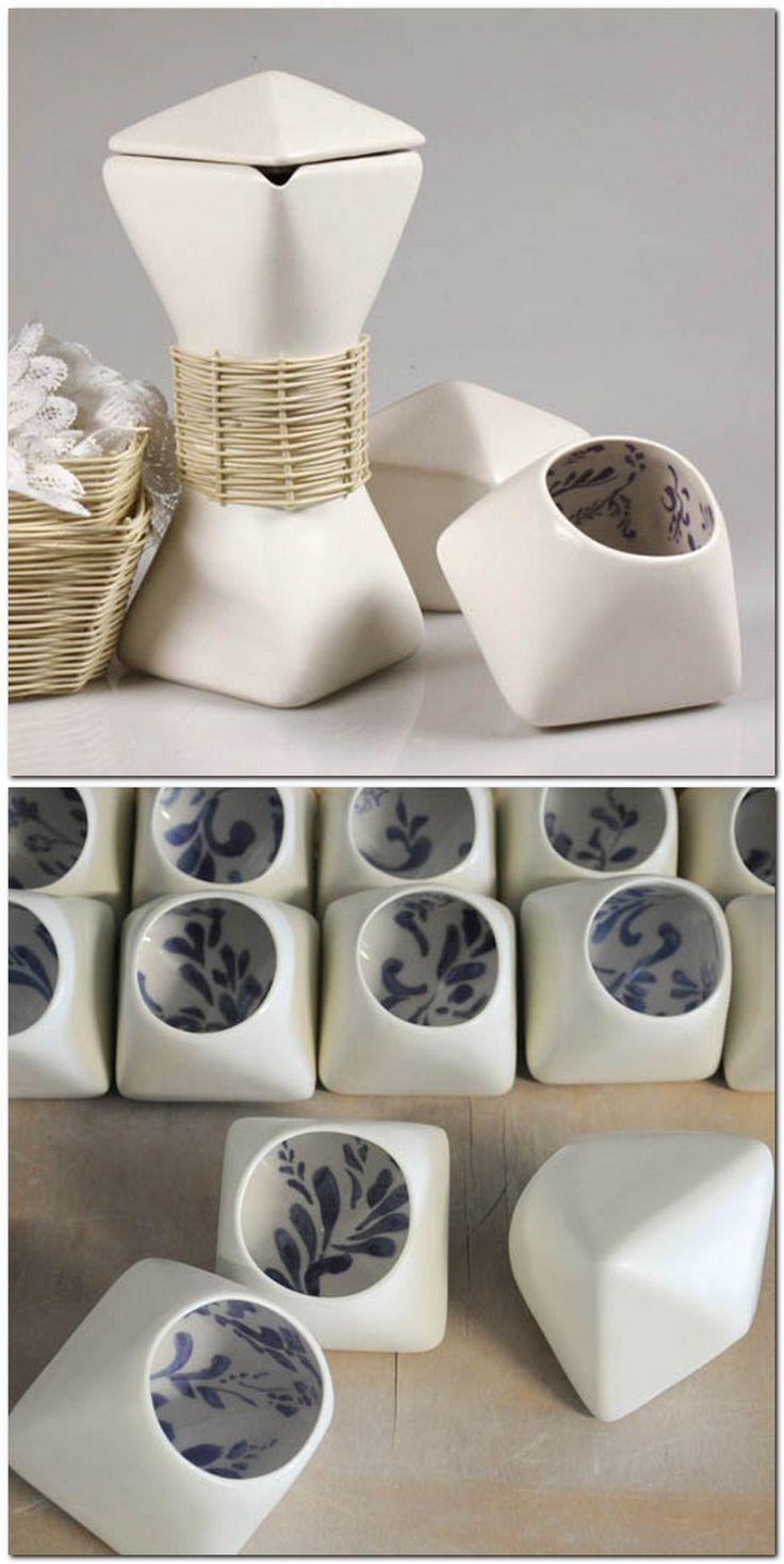 Tetera y tazas de la diseñadora Blanca Ortiz.